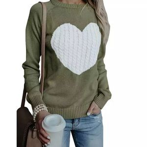 ✨Army Green & White Heart Cable Knit Sweater✨